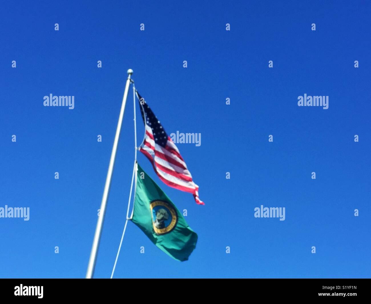 Moderno Colorear Bandera De Estado De Idaho Cresta - Dibujos Para ...