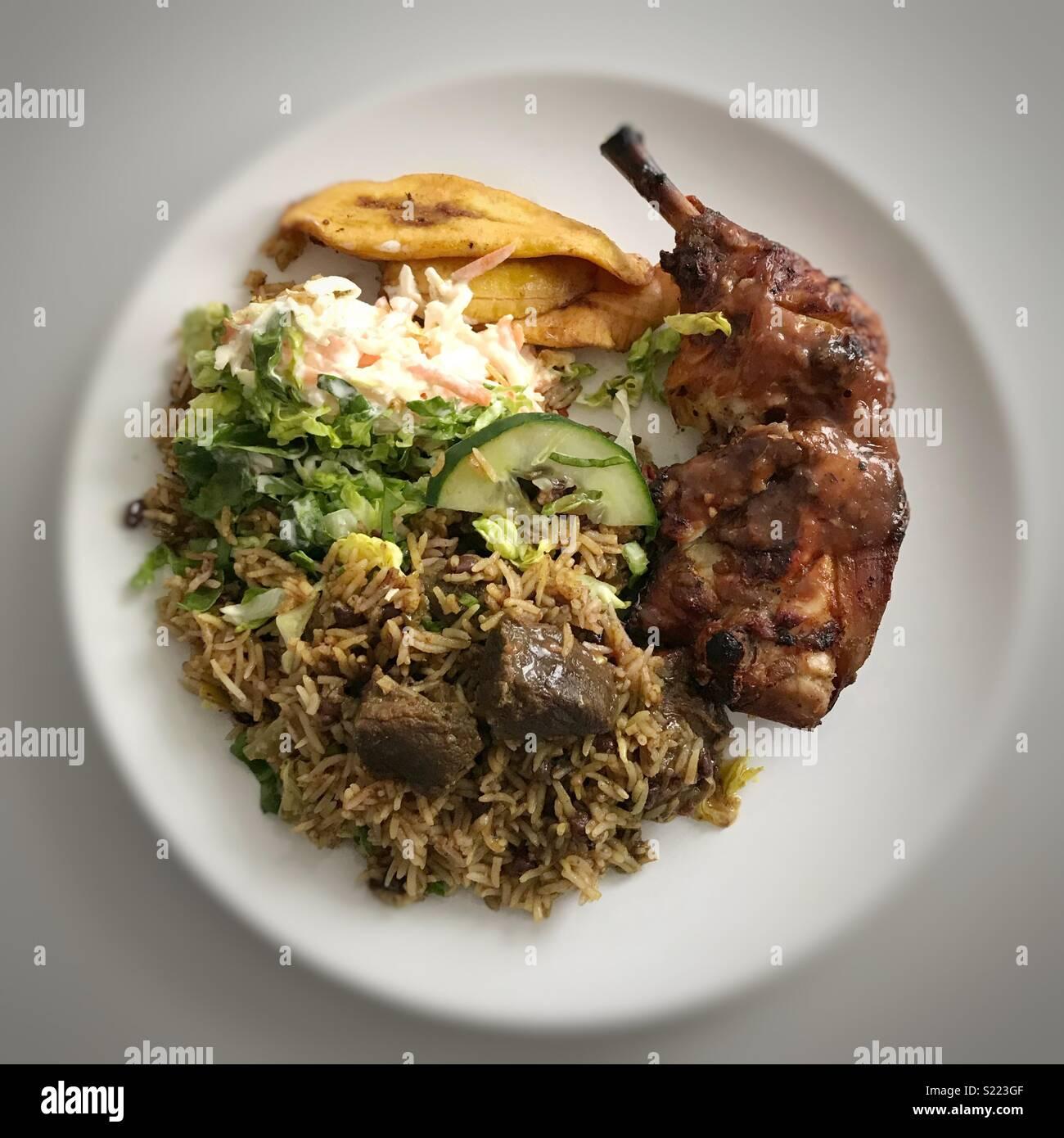 Cordero/cabra Curry y pollo Jerk Imagen De Stock