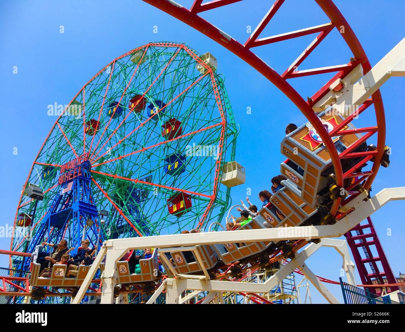 Atracciones en Coney Island, Nueva York Imagen De Stock