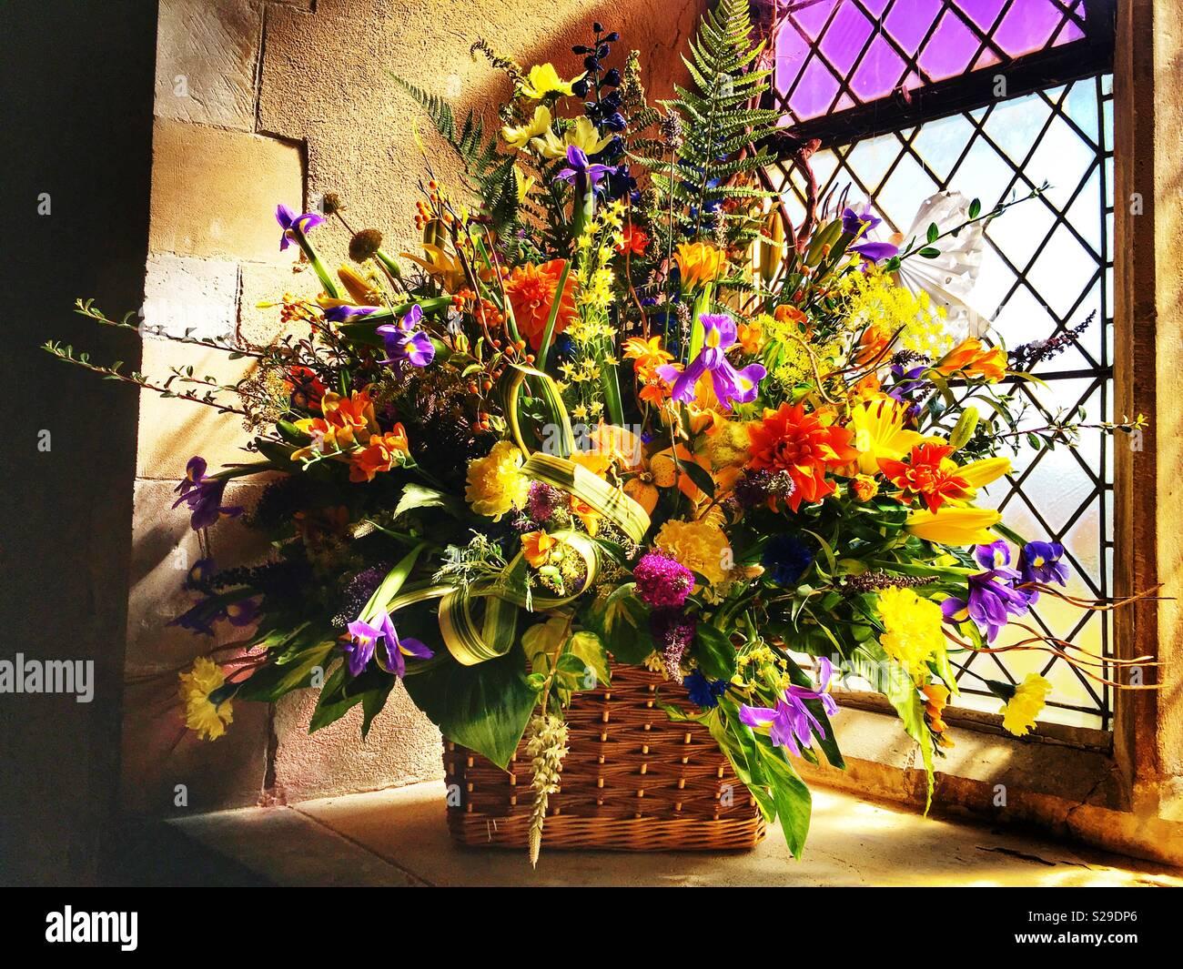 Arreglos Florales Para Iglesias Imágenes De Stock Arreglos