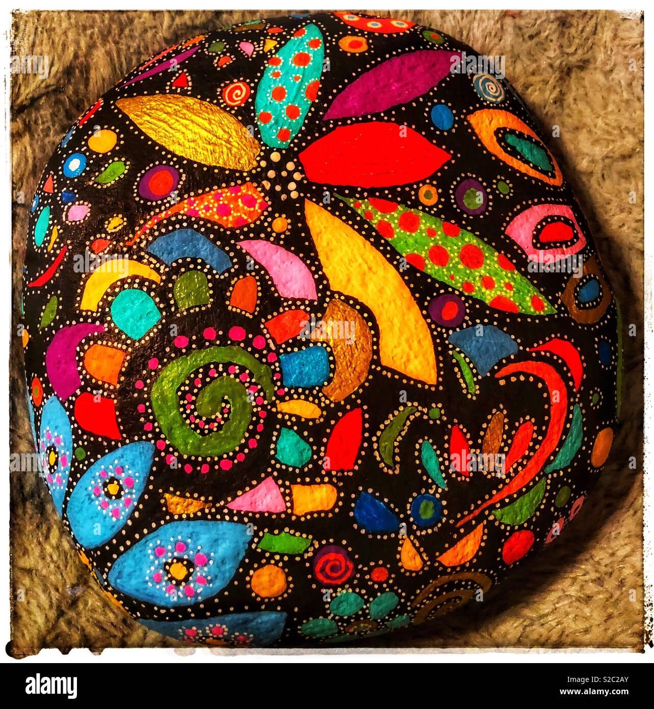 Piedras pintadas a mano Imagen De Stock