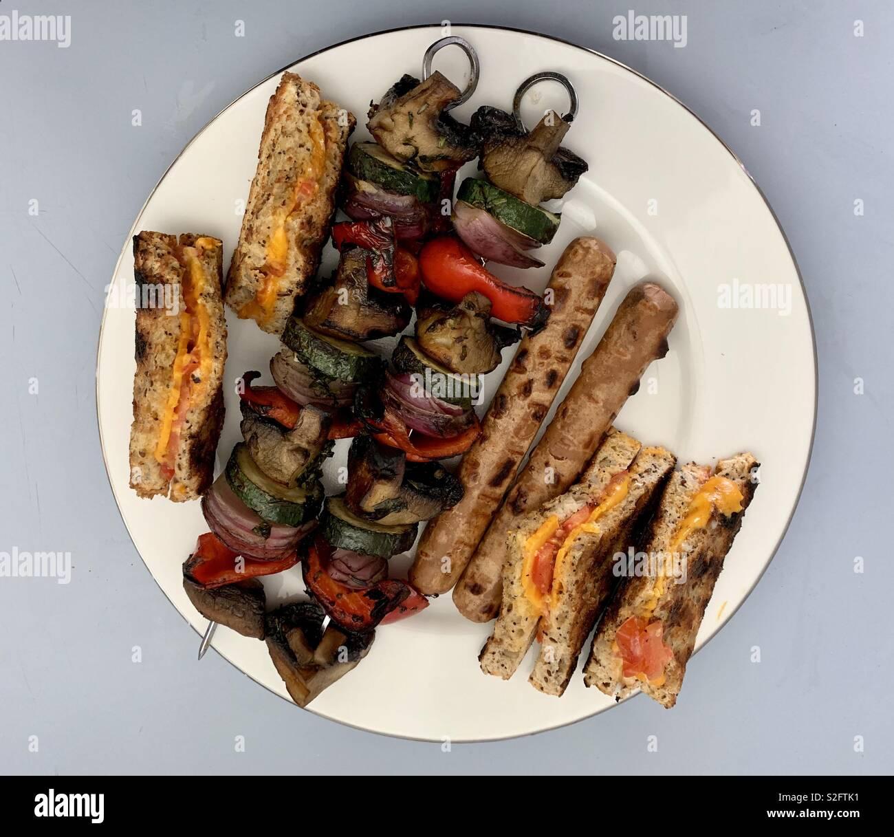 Vegan delicias a la barbacoa. Foto de stock