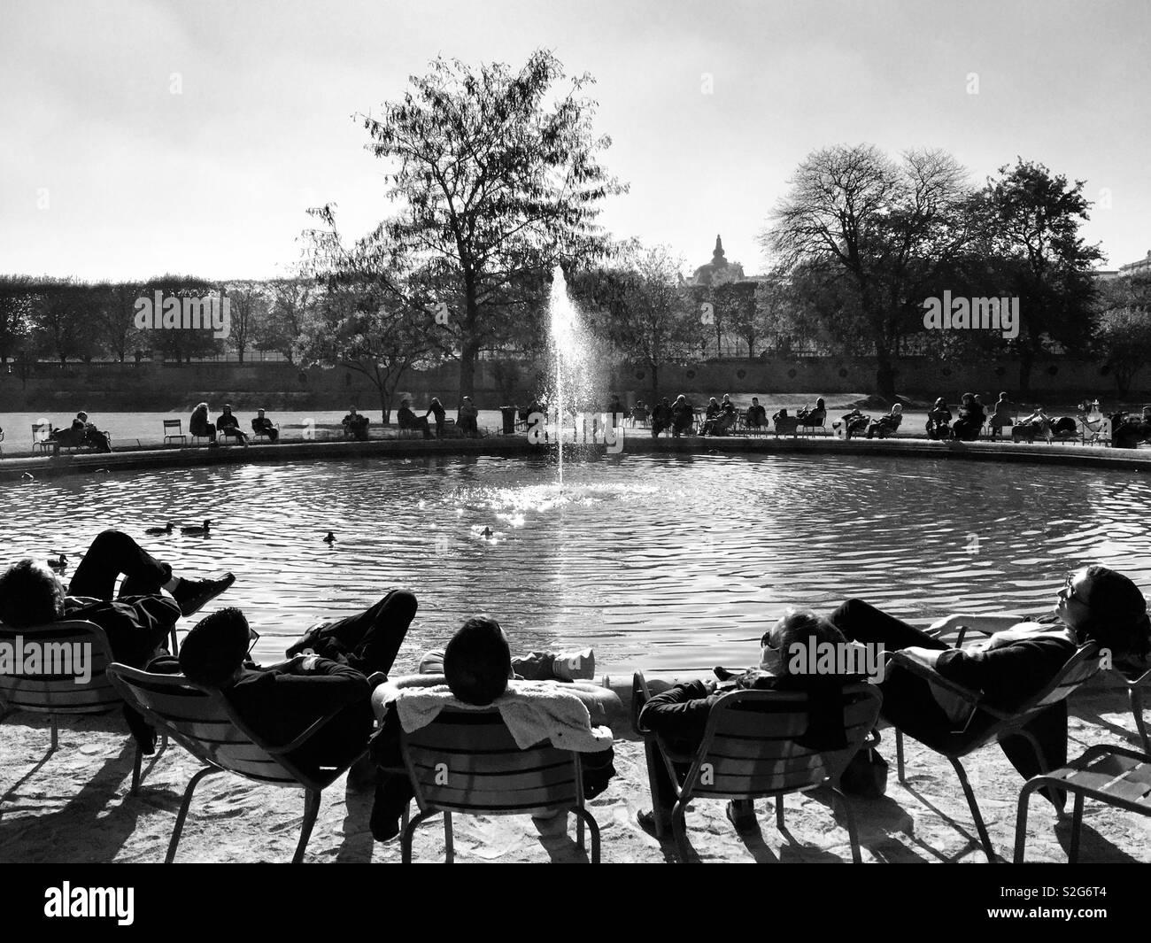 Relajante, París Foto de stock