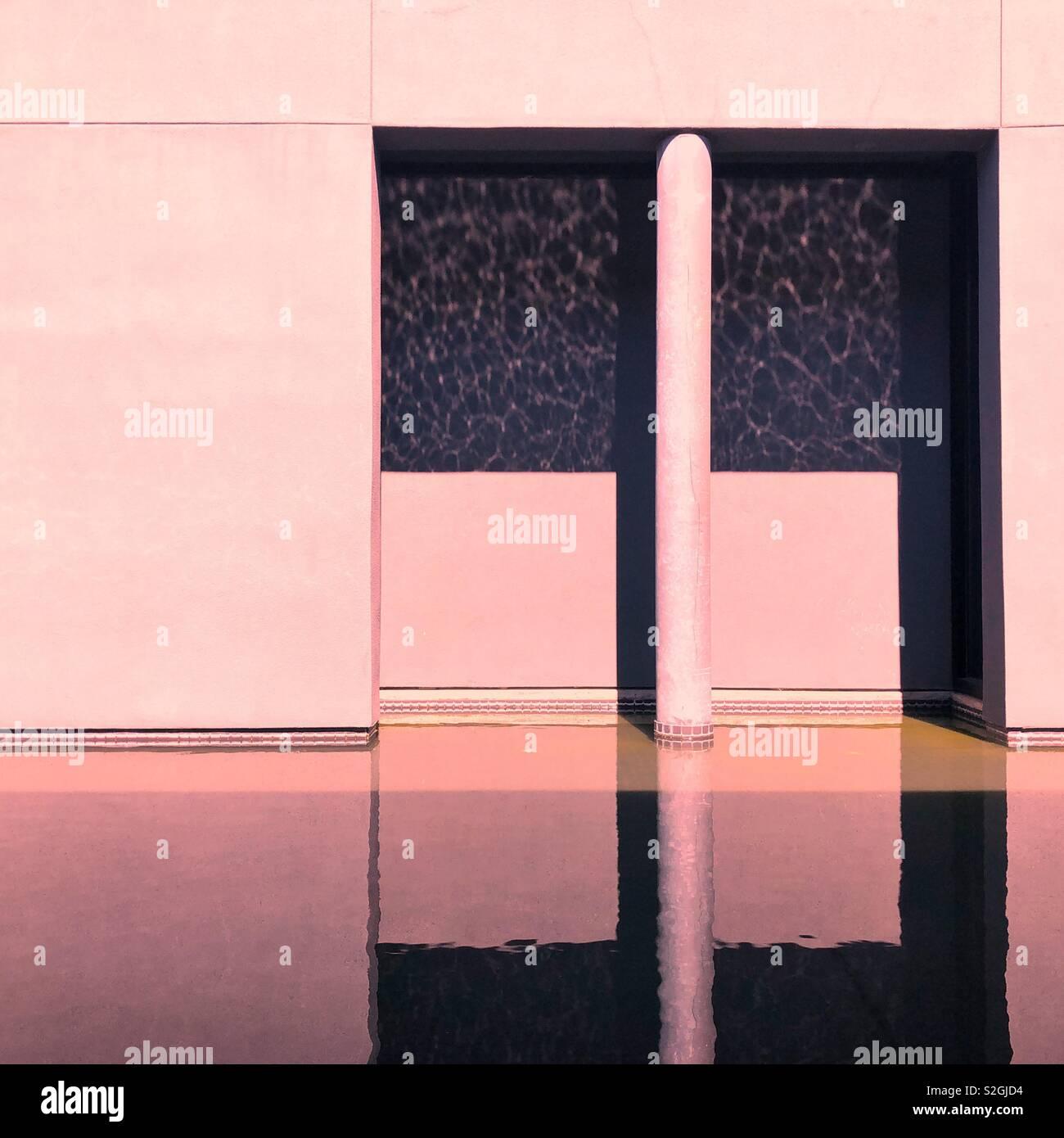 Resumen la reflexión arquitectónica Foto de stock