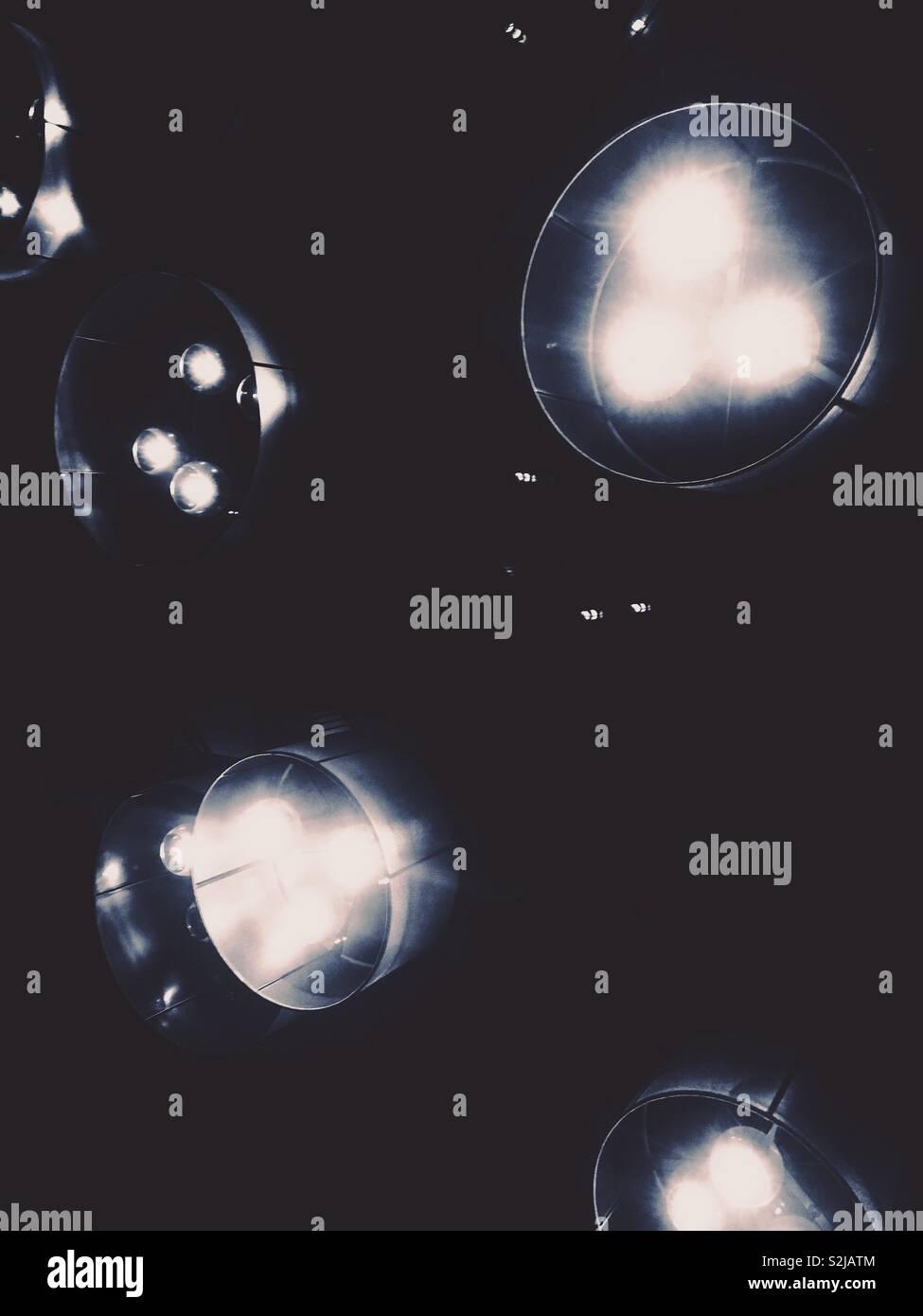 Luces oscuras. Imagen De Stock