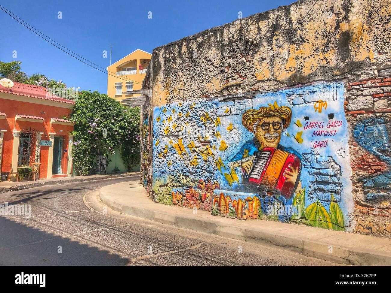 Arte callejero urbano en el barrio Getsemani en Cartagena, Colombia. Foto de stock