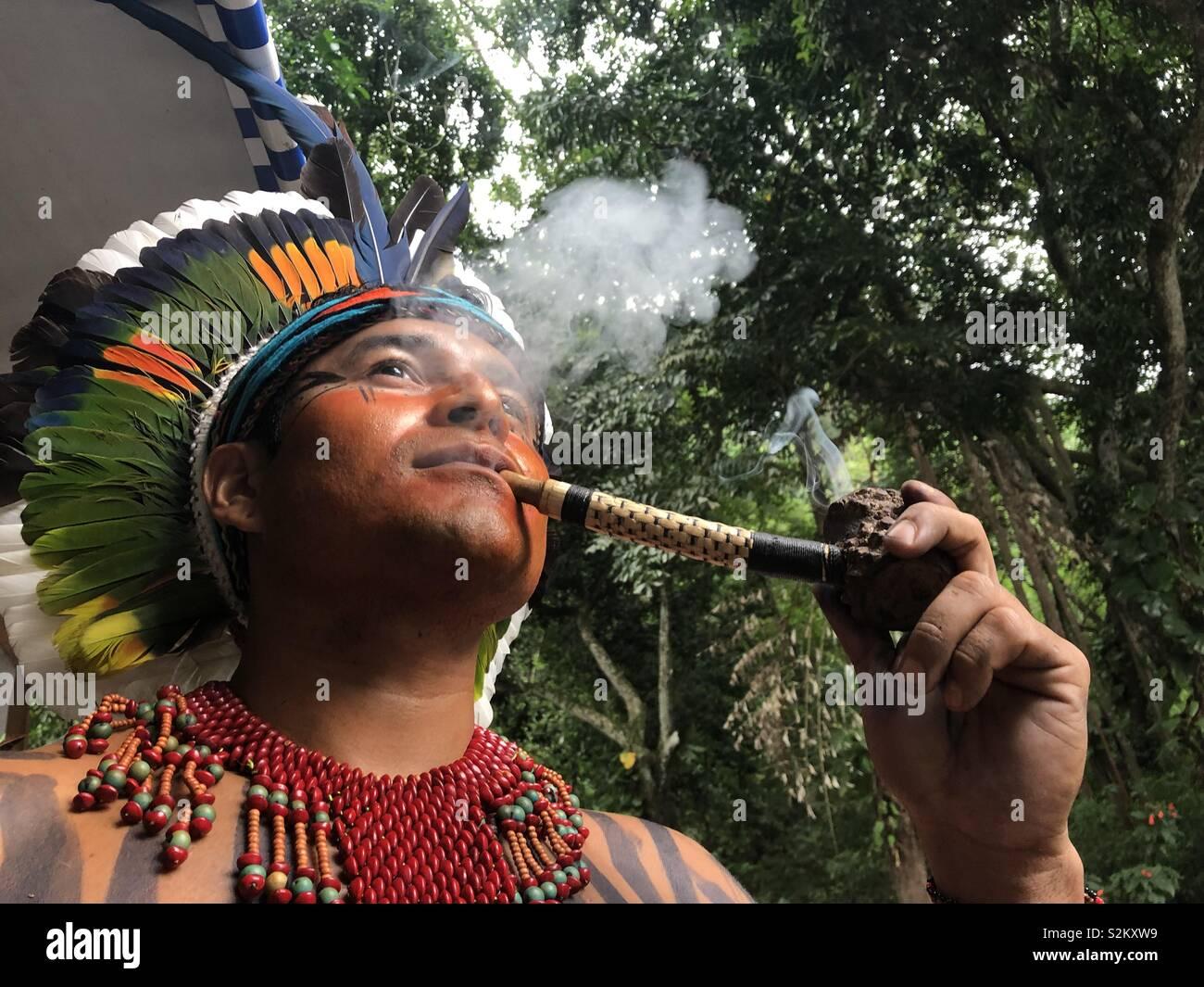 RIO DE JANEIRO, RJ, EL 14 DE ABRIL DE 2019: Evento em comemoração do Índio ao dia,no Parque Lage Imagen De Stock