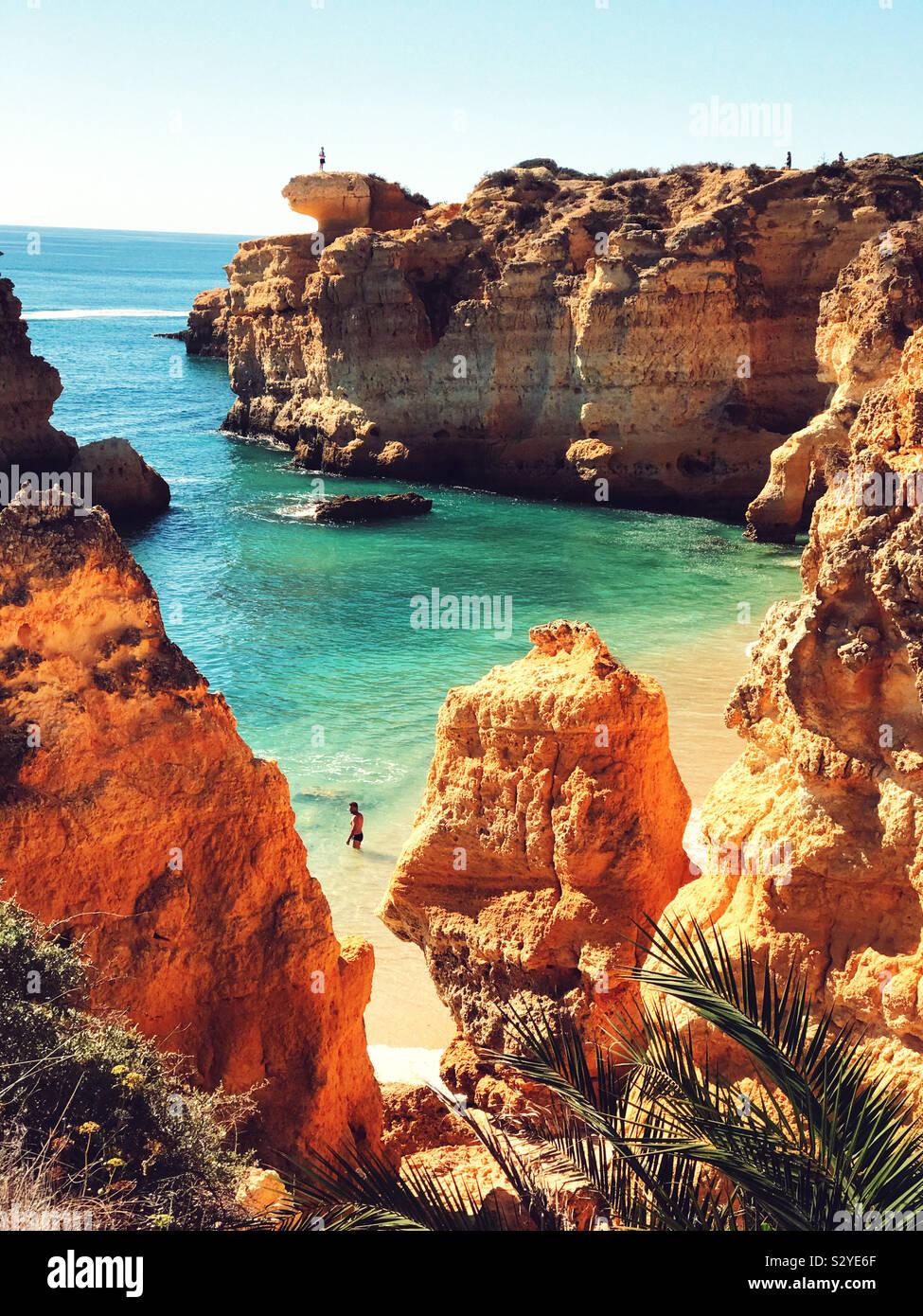 Praia de Śao Rafael, el Algarve Portugal. Foto de stock