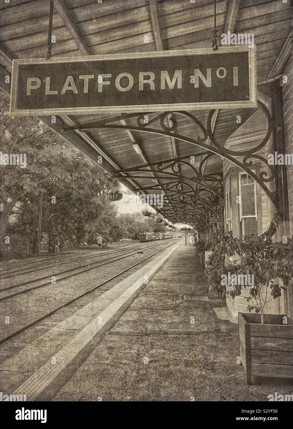 La plataforma de la estación de ferrocarril gympie, Queensland Foto de stock