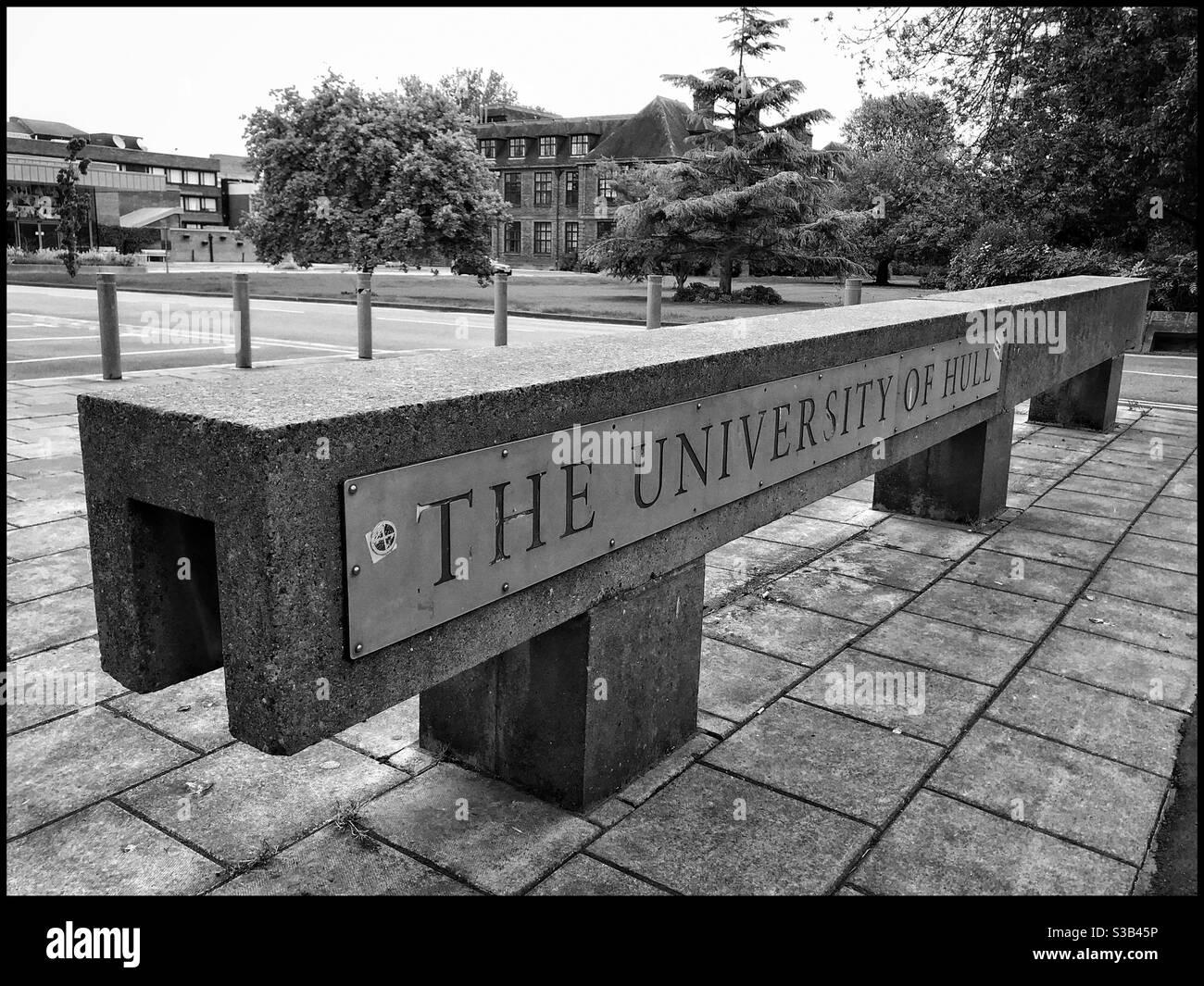 Señal en la entrada de la Universidad de Hull en Cottingham Road, Reino Unido Foto de stock