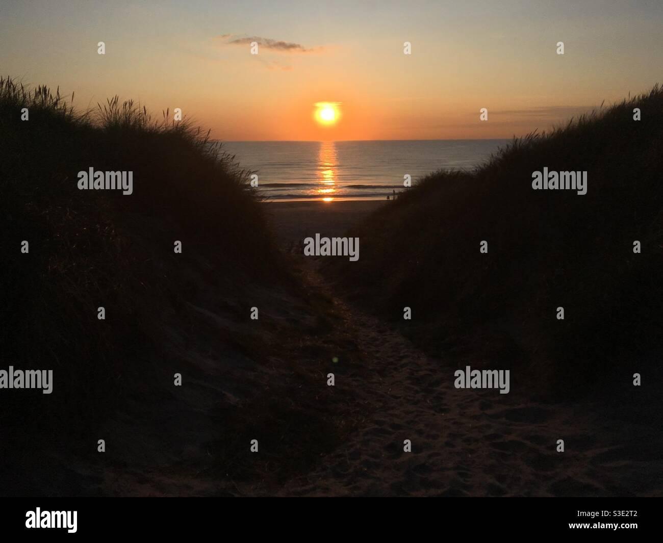 Puesta de sol en Danmark : Søndervig Foto de stock