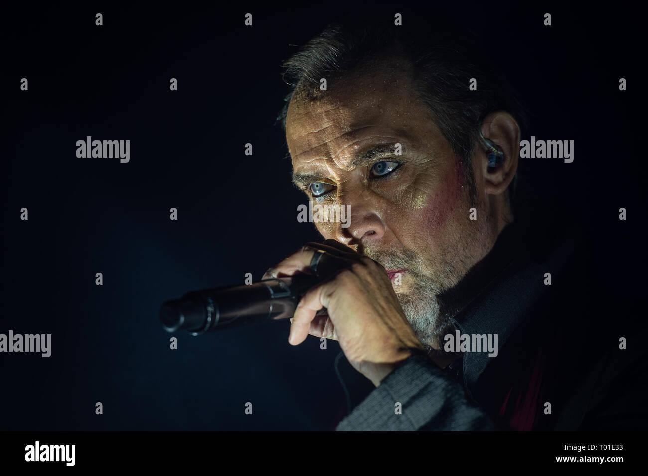 Peter Murphy, cantante y líder de los 80's en inglés banda de rock oscuro Bauhaus. en concierto en el Club Orion, Ciampino, Roma, Italia, 21-11-2018, Foto de stock