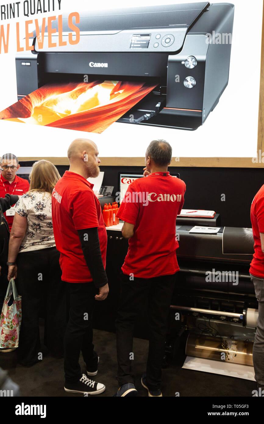 Canon España fotografía personal en el stand de Canon, la fotografía muestra, el NEC Birmingham, Reino Unido Foto de stock
