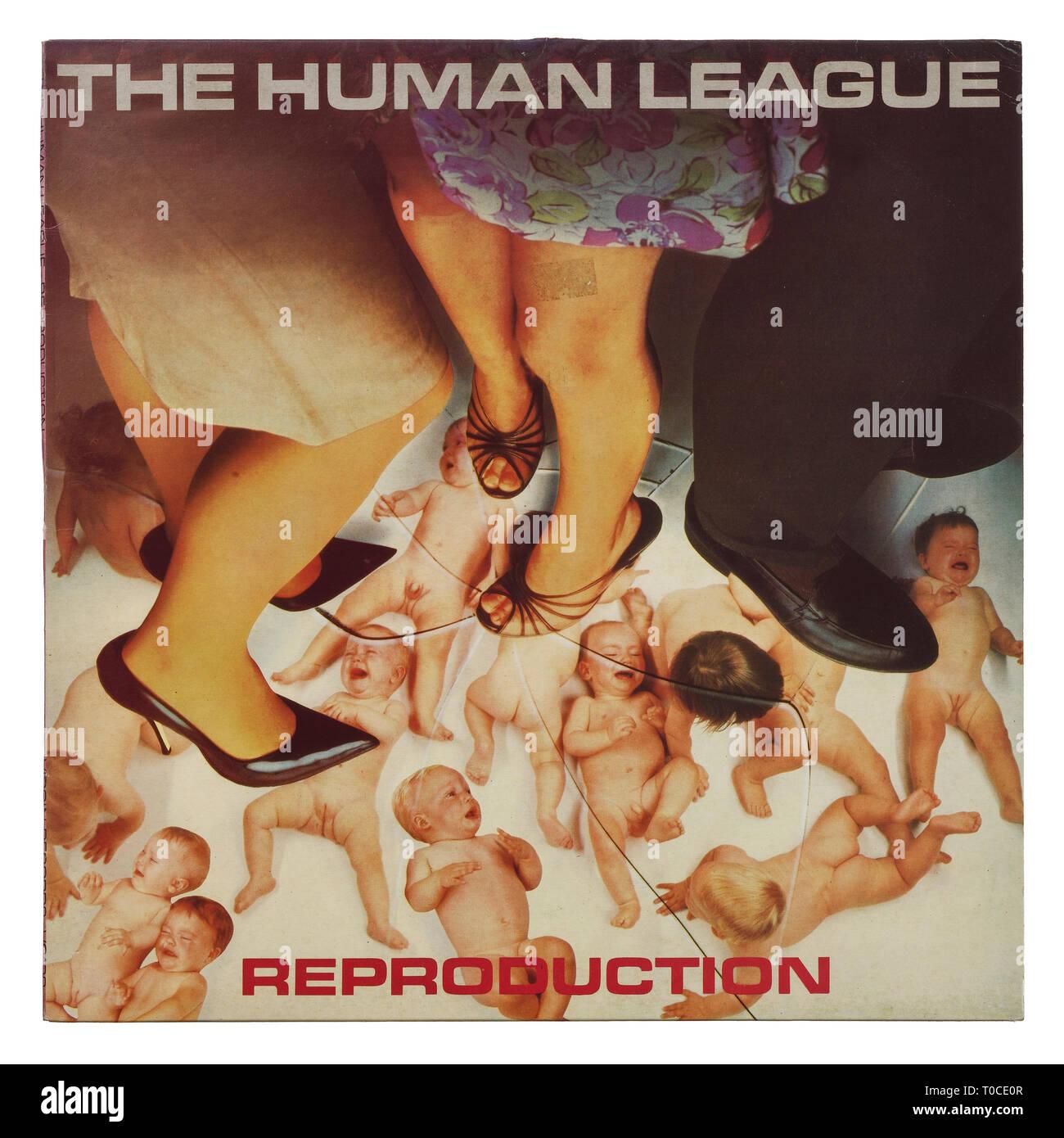 El album de vinilo manga para su reproducción por el Human League Foto de stock