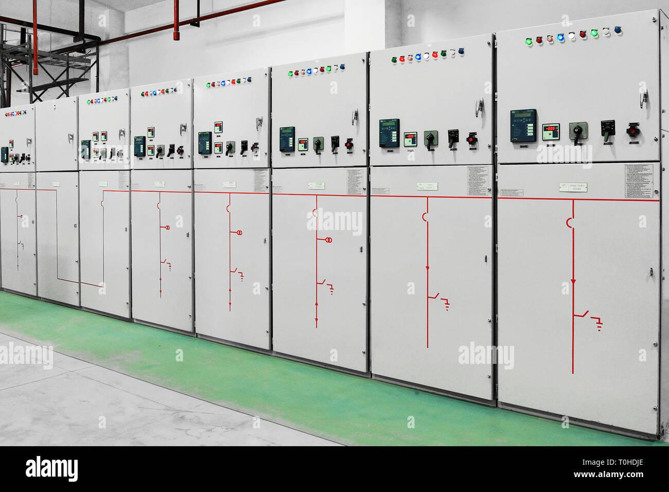 Paneles de centralita, subestación eléctrica, Bombay, Maharashtra, India, Asia Imagen De Stock