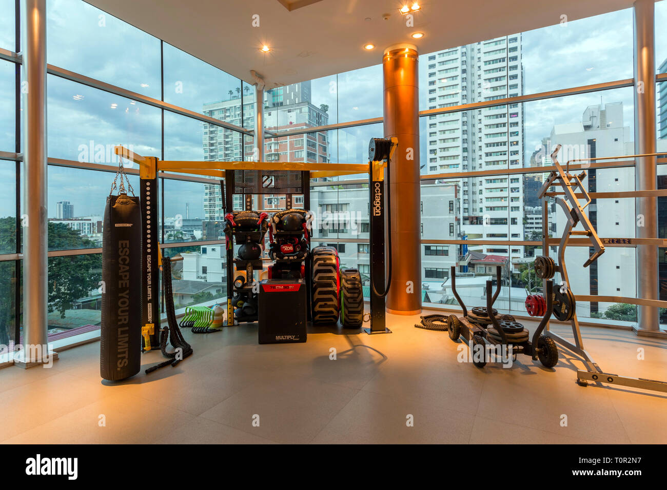 Interior de Cascade Club y Spa health club fitness center situado en Bangkok, Tailandia. Imagen De Stock