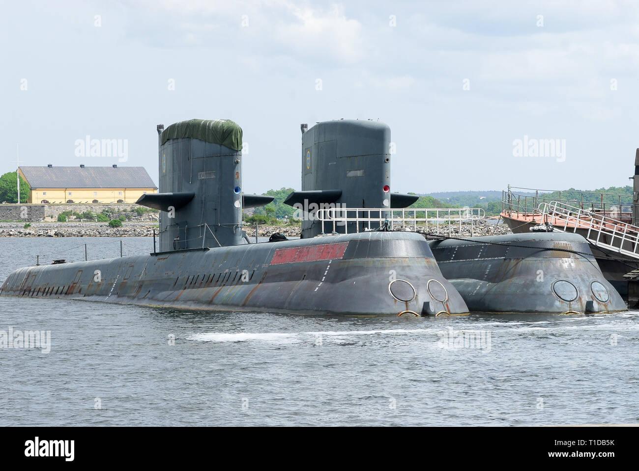 Ex-HSwMS Hälsingland (ahora RSS Archer) y ex-HSwMS Västergötland (RSS) espadachín, en reserva Västergötland-submarinos clase, vendida a República de Singa Foto de stock