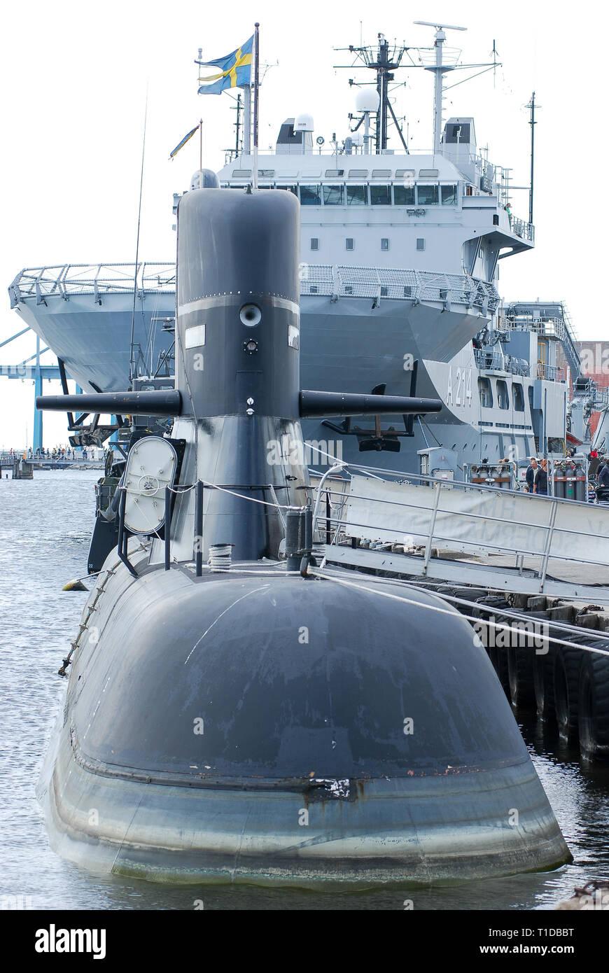 HSwMS Södermanland, clase Södermanland HSwMS Belos submarino y un buque de rescate submarino214 1ª flotilla de submarinos durante Marinens Dag (Día) me Marina Foto de stock