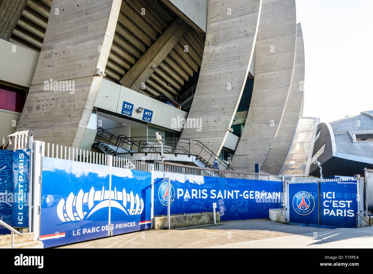El Estadio Parc Des Princes Estadio Del Paris Saint Germain Psg Futbol Club En Paris Francia Fotografia De Stock Alamy