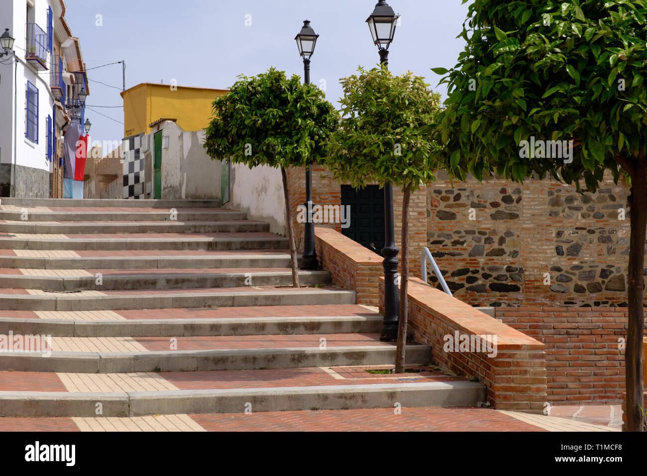 Escenas Callejeras y arquitectura en Vélez-Málaga, Axarquía, Málaga, Andalucía, Costa del Sol, España Foto de stock
