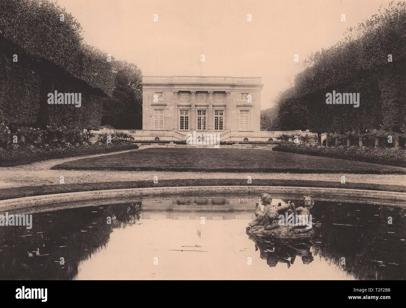 - Le Petit Trianon de Versalles Foto de stock