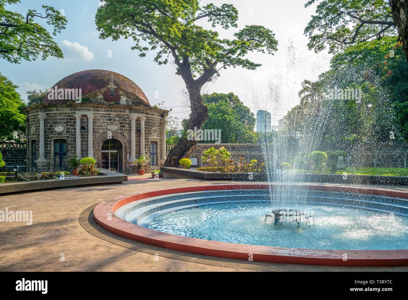 Paco park, el Cementerio General de Dilao, en Manila Foto de stock