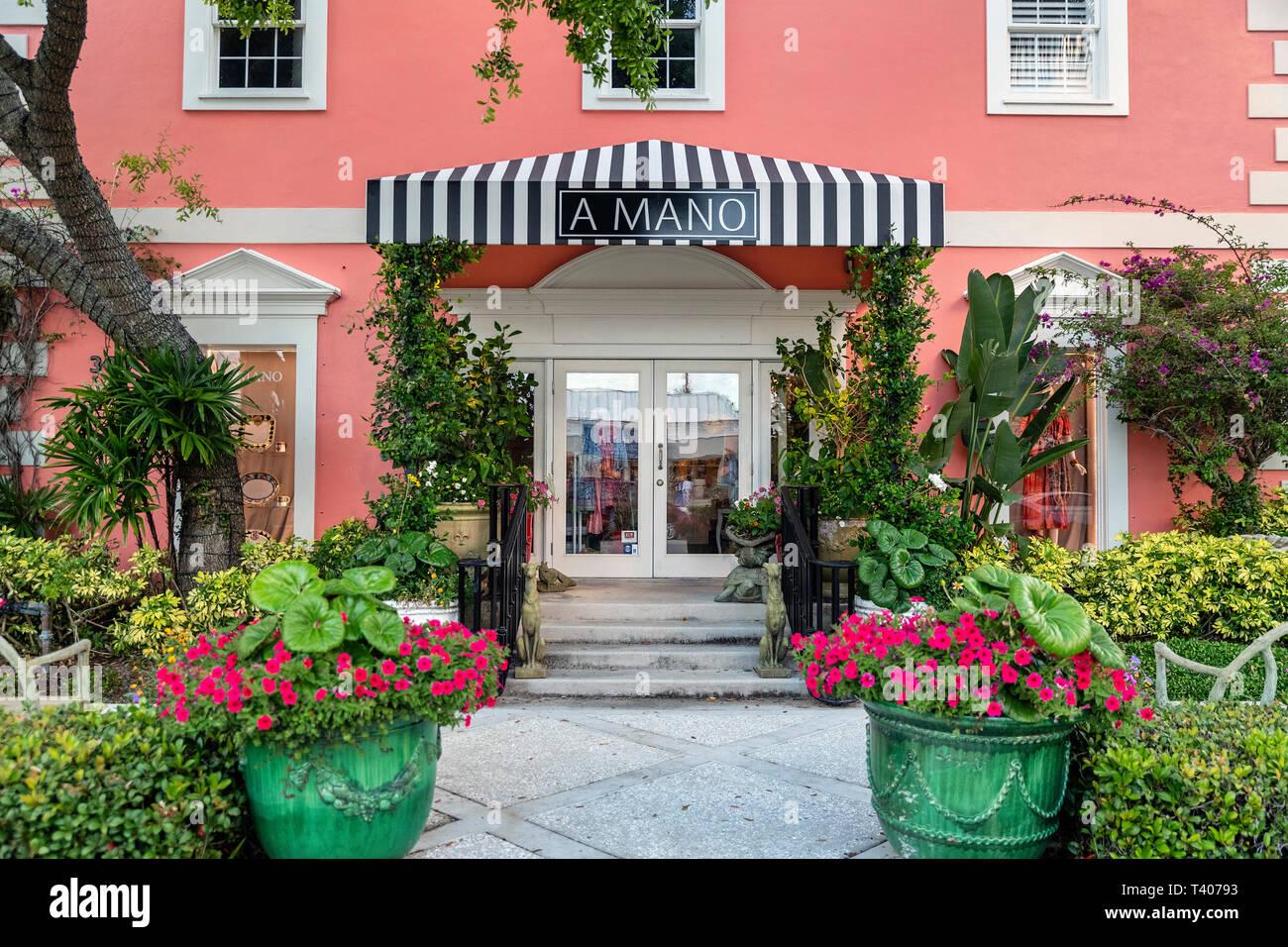 A Mano de lujo en la tienda de regalos, Naples, Florida, EE.UU.. Imagen De Stock