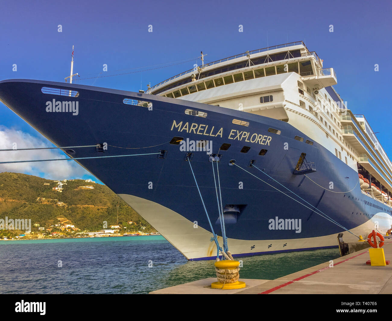 Tortolla Harbour Cruise Ship Marella Explorer Imagen De Stock