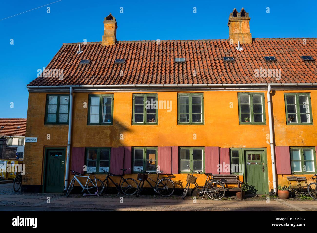 Gernersgade Street Una Terraza De Casas De Dos Pisos
