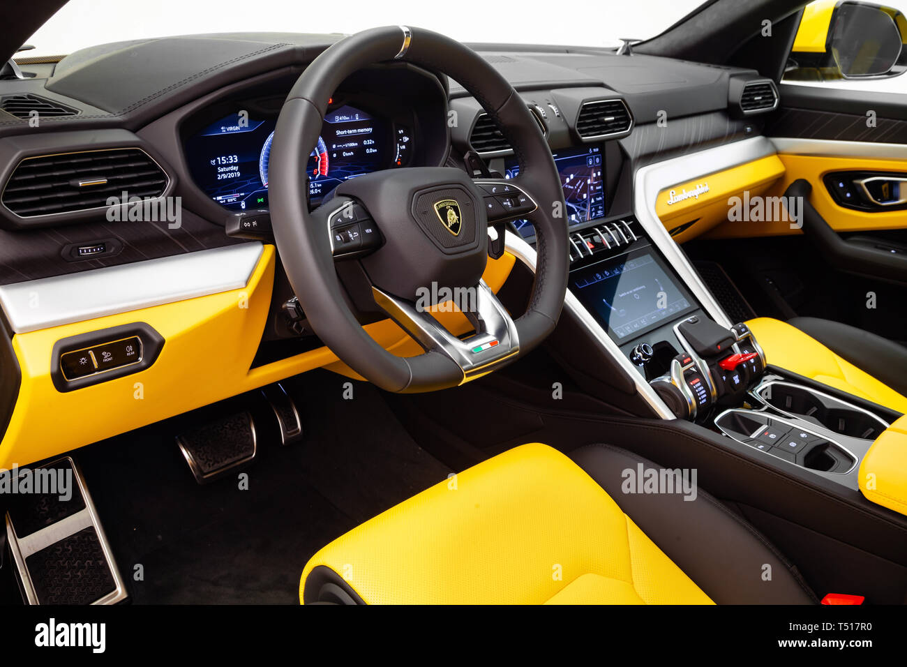 2019 Lamborghini Urus Fotografia De Stock Alamy