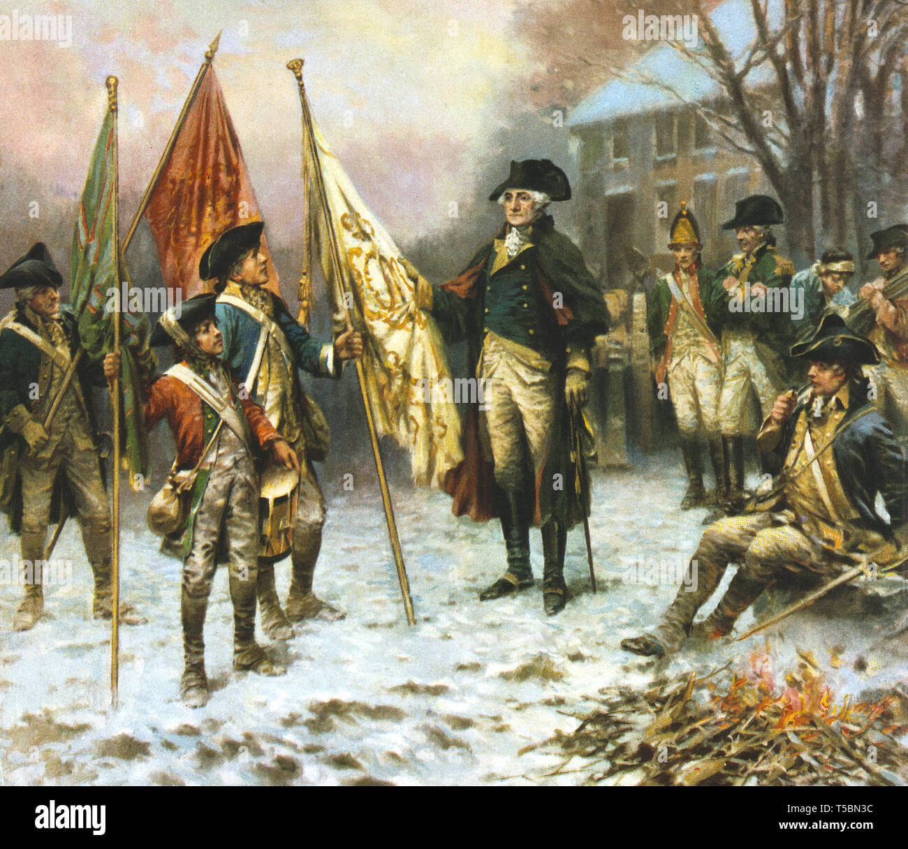 El General George Washington con un grupo de soldados de pie mirando las banderas capturadas de los británicos durante la batalla de Trenton, 1776 Litografía por Hayes Litho Co de una pintura por Percy Moran, 1914 Foto de stock