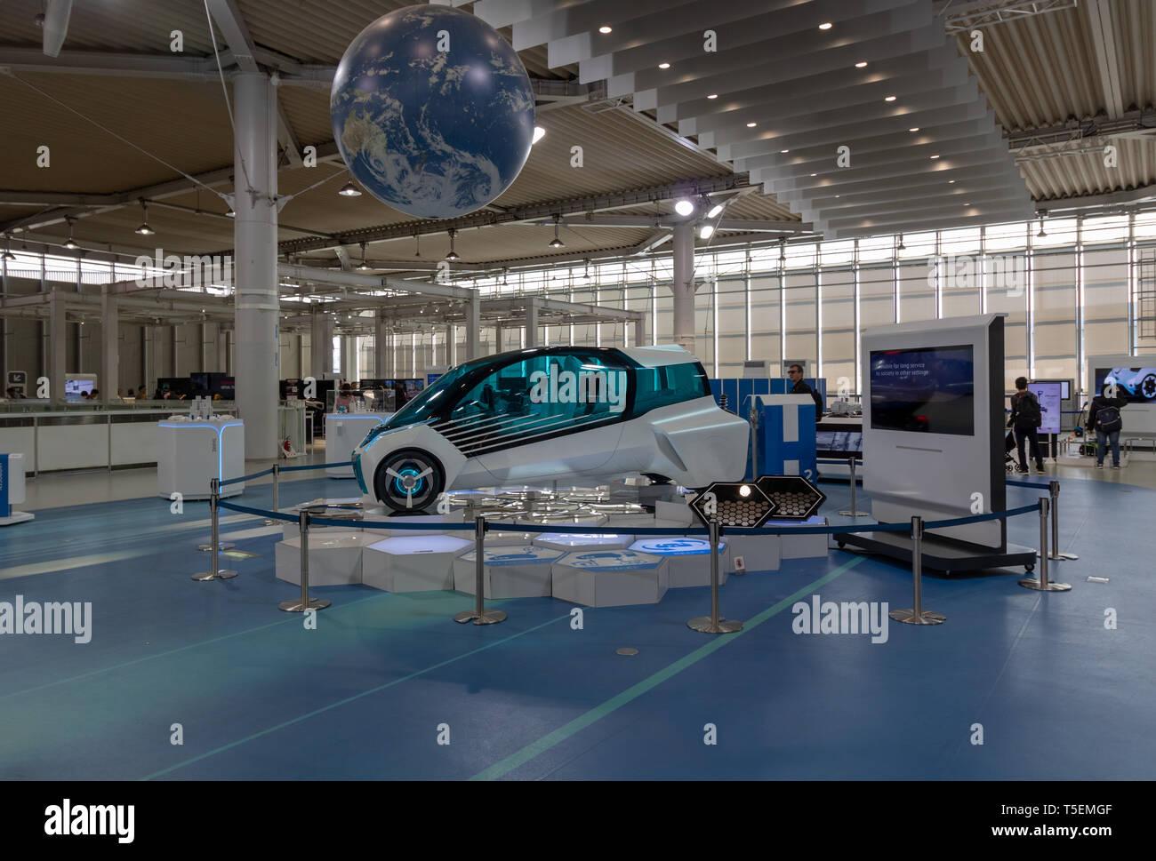 Los nuevos modelos de automóviles Toyota fueron absolutamente dejarán boquiabierto, incluso para alguien que no es un gran entusiasta de los coches. Imagen De Stock