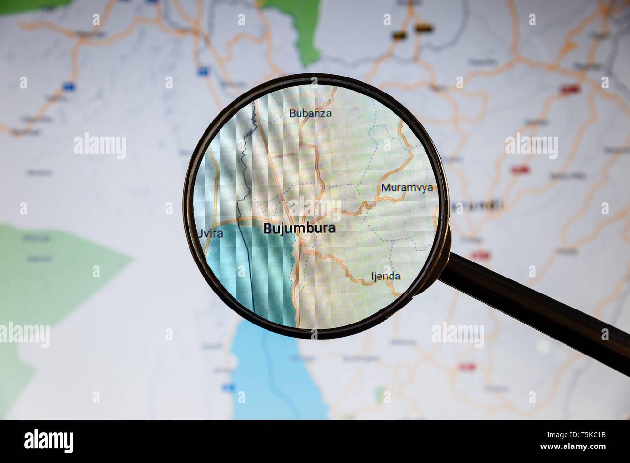 Buzhumbura, Burundi. Mapa político. Ciudad concepto ilustrativa de visualización en la pantalla a través de una lupa. Foto de stock