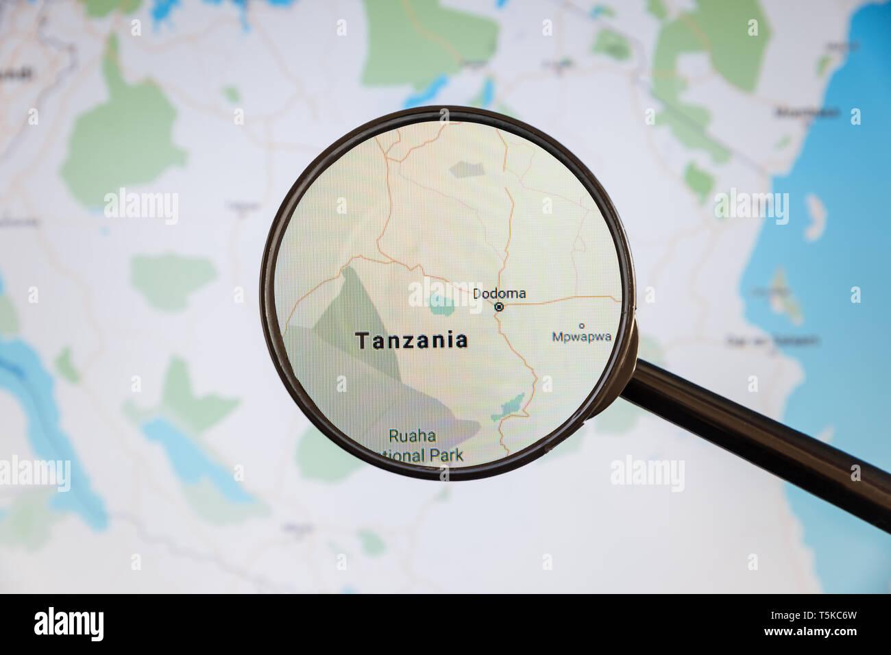 Dodoma, Tanzania. Mapa político. Ciudad concepto ilustrativa de visualización en la pantalla a través de una lupa. Foto de stock