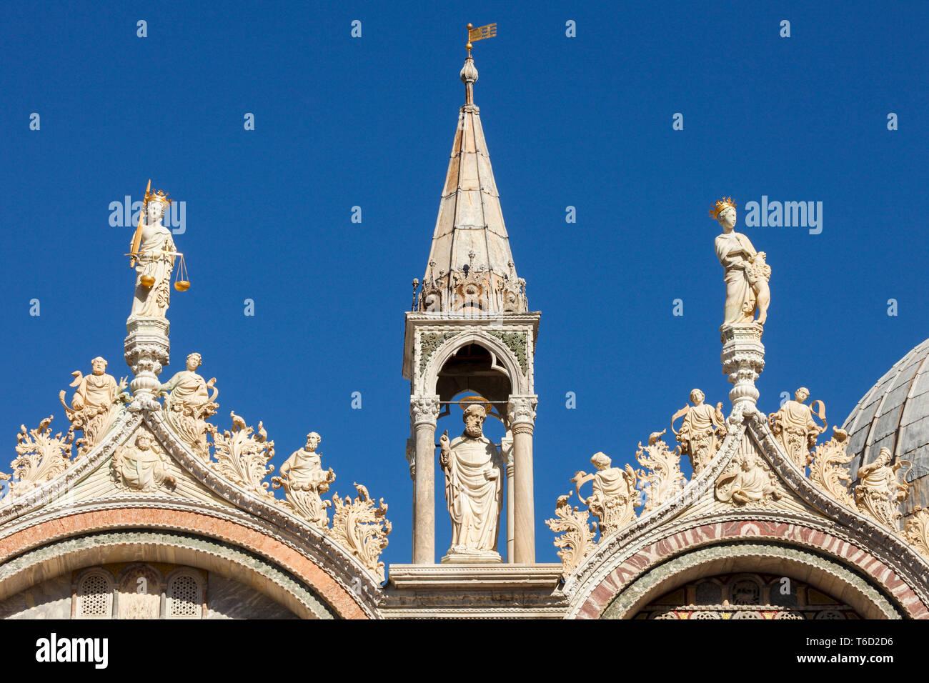 Detalles de decoración en la Basílica de San Marco, Venecia, Véneto, Italia. Foto de stock