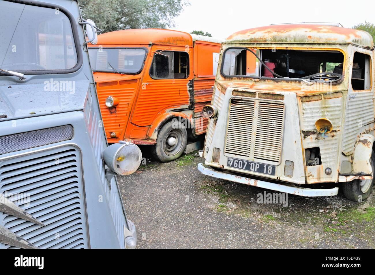 La locomoción viejo desguazado transporter Foto de stock