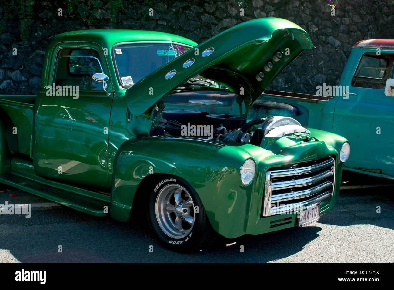 Palmview, Queensland, Australia - 5 de mayo de 2019: camioneta GMC 1950. Foto de stock