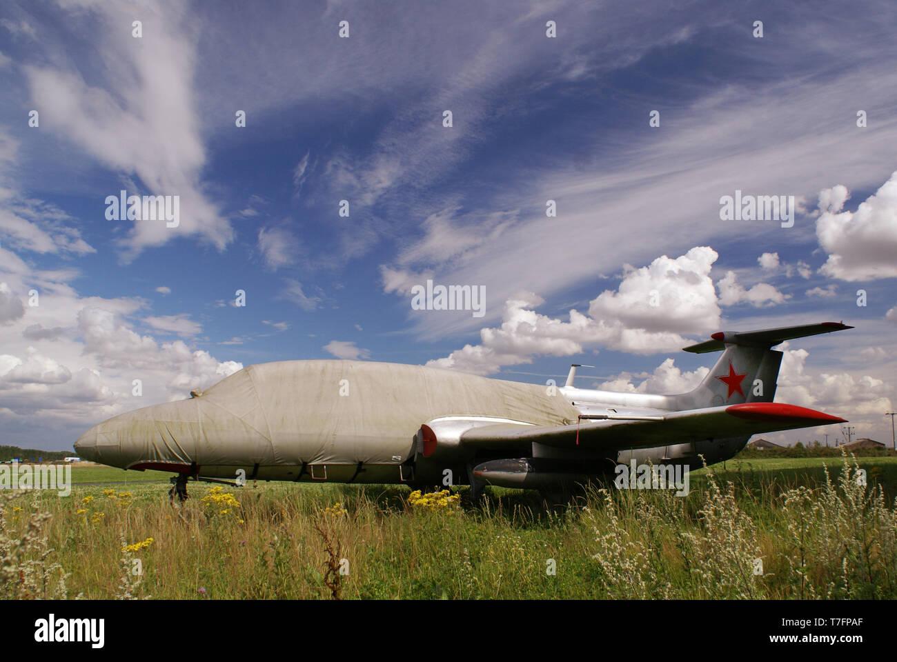 Guerra fría jet, aeródromo, Aero Vodochody Breighton L-29 Delfin Imagen De Stock