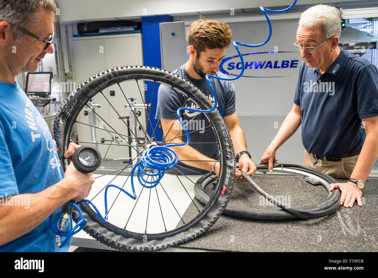 Firma Schwalbe/Ralf Bohle GmbH mit dem Geschäftsführer Frank Bohle Imagen De Stock
