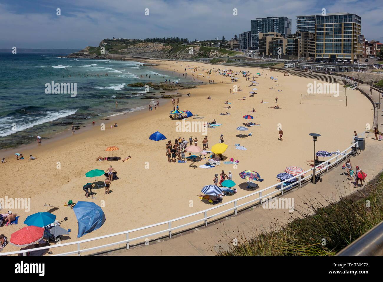 Playa de Newcastle, Newcastle, Nueva Gales del Sur, Australia, el Pacífico Foto de stock