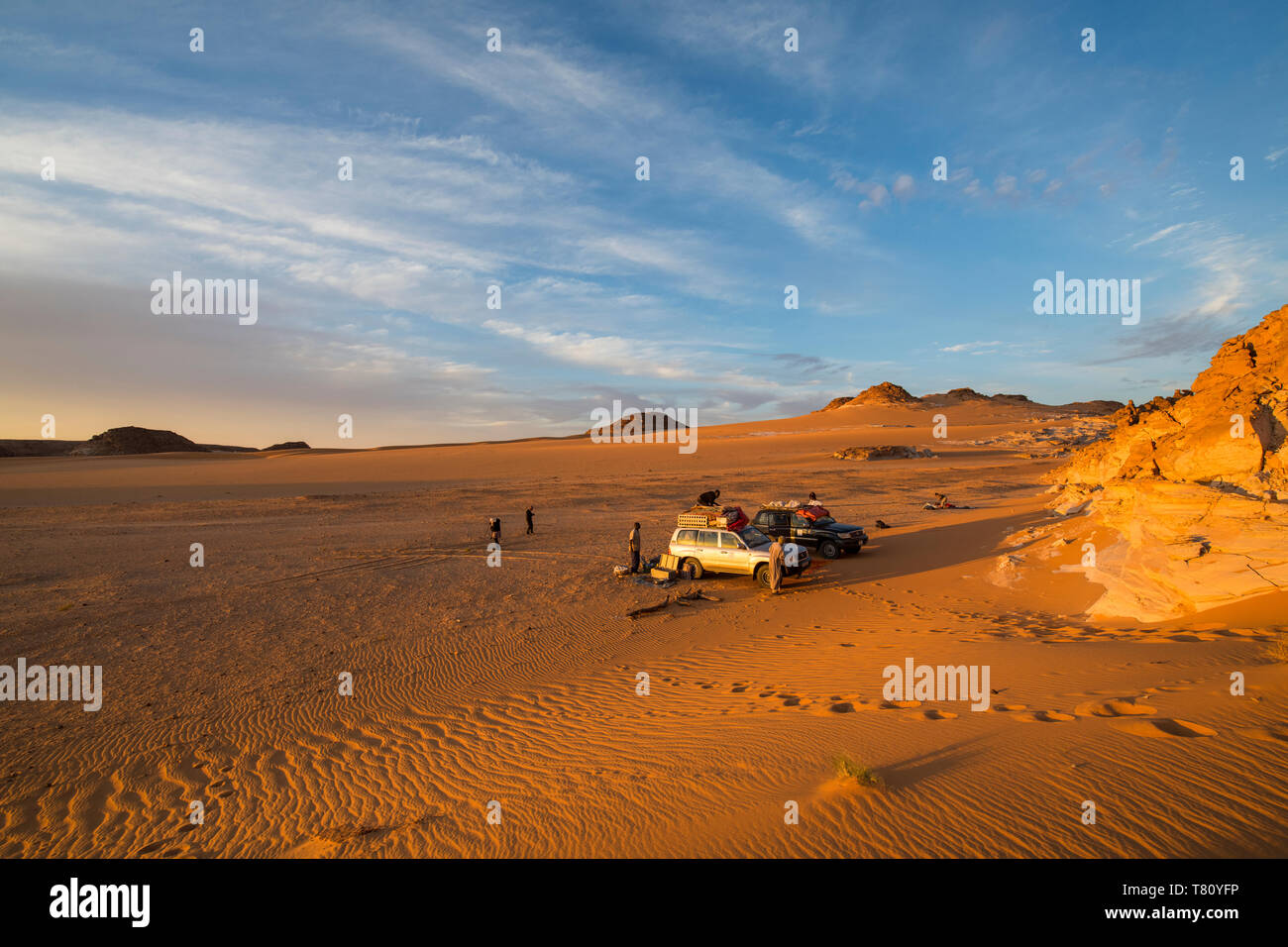 Expedición jeep en el norte del Chad, África Foto de stock