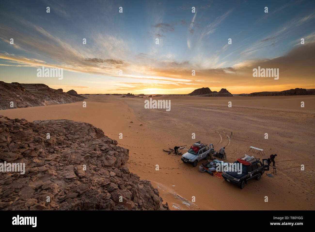 Expedición jeeps en el norte de Chad, África Foto de stock