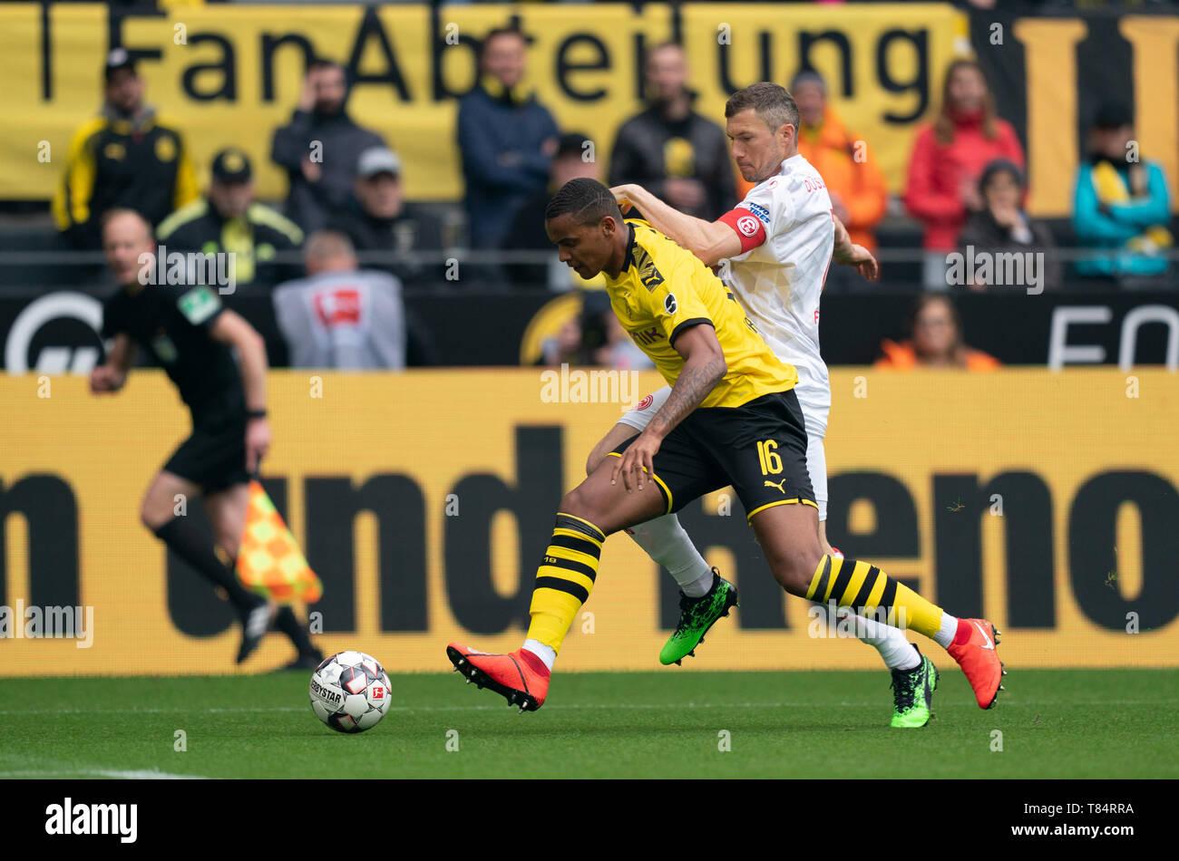Manuel Obafemi Akanji Borussia Dortmund Fotos e Imágenes de stock ...