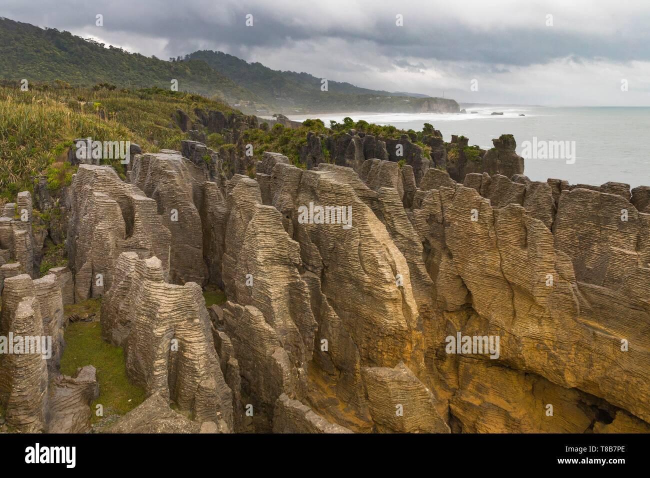 Nueva Zelanda, Isla del Sur, la región de la costa oeste, en Punakaiki, Pancake Rocks Foto de stock