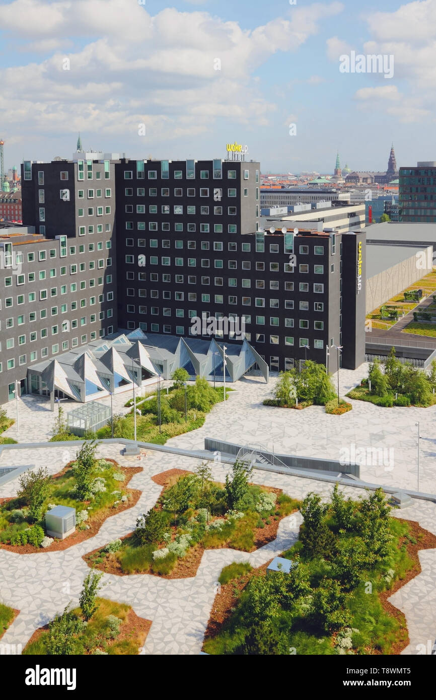 Copenhague, Dinamarca - 09 Jun, 2912: hotel moderno en la ciudad Foto de stock