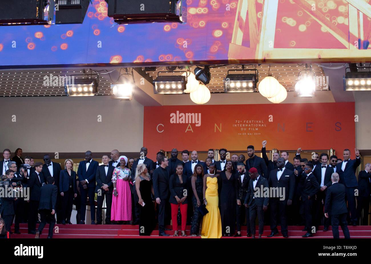 Cannes, Francia. El 15 de mayo de 2019. El elenco en el Les Misérables gala de proyección en la 72ª edición del Festival de Cannes Miércoles 15 de mayo de 2019, en Cannes, Francia. Crédito de la foto: Doreen Doreen crédito Kennedy Kennedy/Alamy Live News Foto de stock