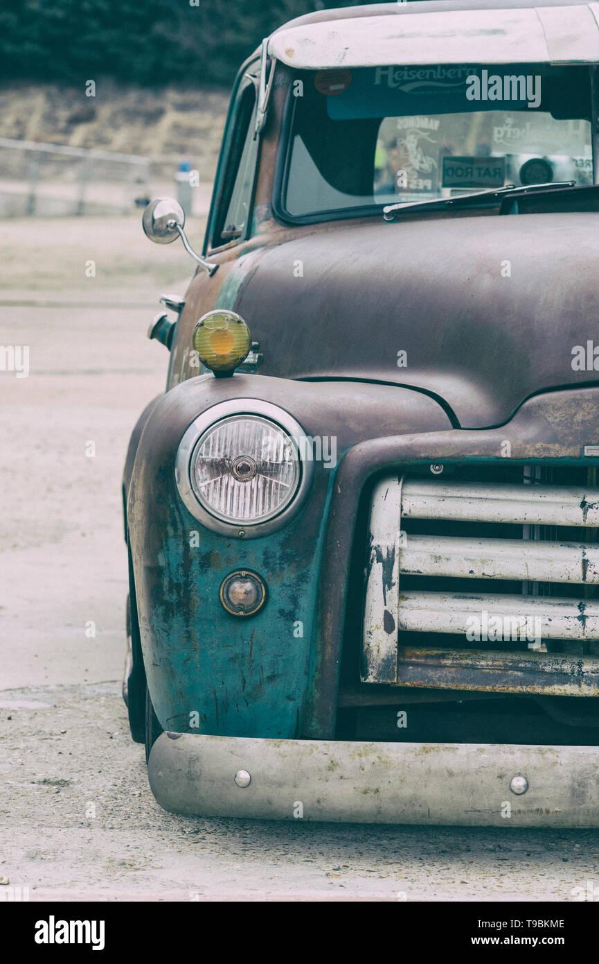 Recogida en la serie 100 de GMC 1952 en el espectáculo de autos americano de Brooklands. Weybridge, Surrey, Inglaterra, Inglaterra. Clásico clásico clásico americano coche. Filtro Vintage aplicado Foto de stock