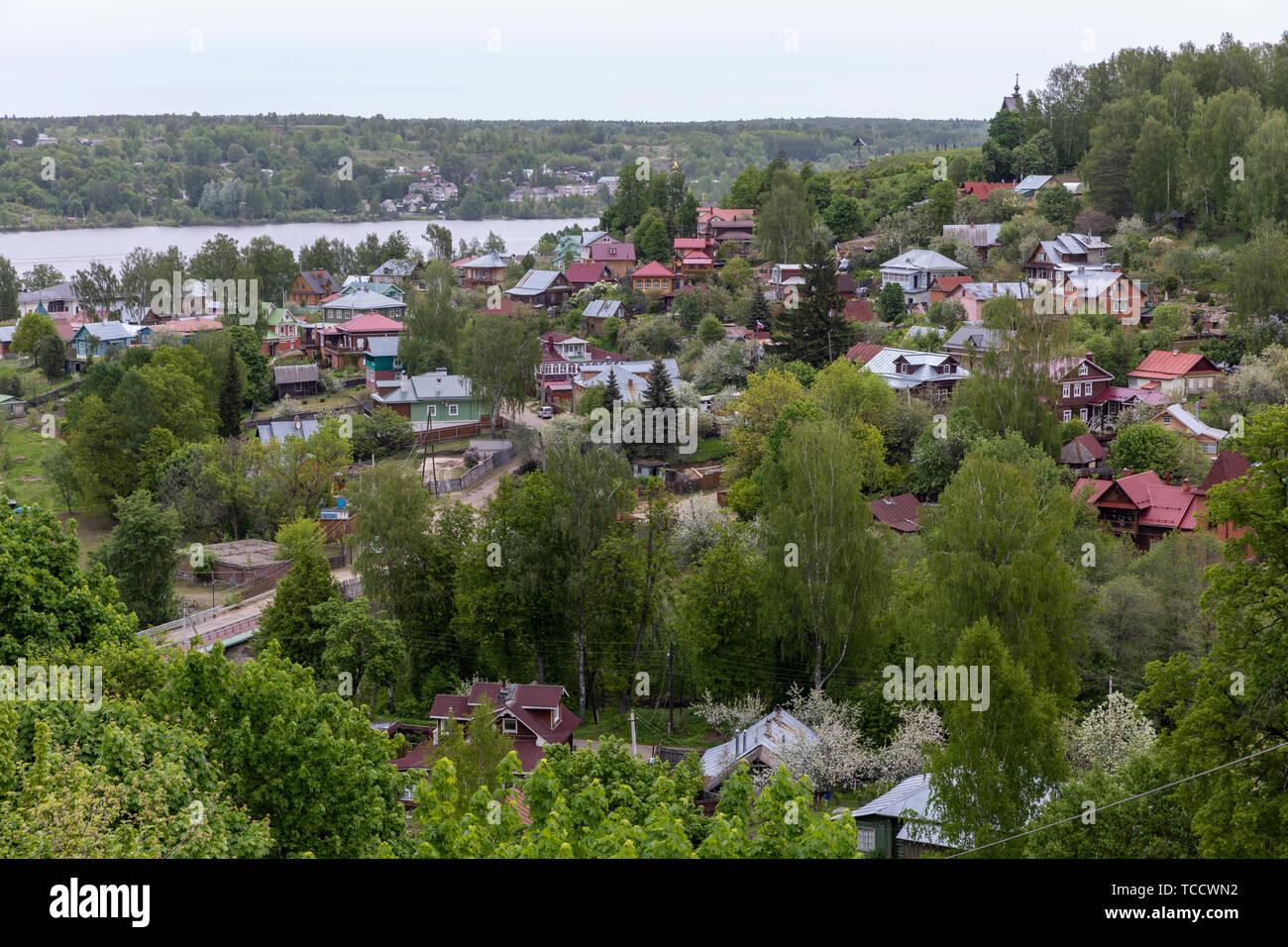 Vista de la ciudad de Golden Ring Plyos en el río Volga, Rusia Foto de stock
