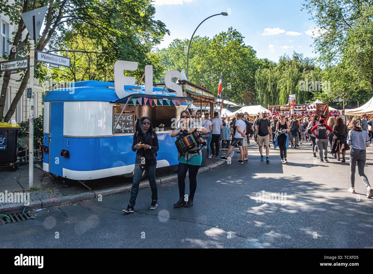 Berlín, Kreuzberg, Blücherplatz. 7 -10 de junio de 2019. Carnaval de las culturas street festival: un evento anual en Pentecostés, que celebra la diversidad multicultural de la ciudad con musicales, culturales y puestos de venta de comida y bebidas de todo el mundo, el crédito: Eden Breitz/Alamy Imagen De Stock