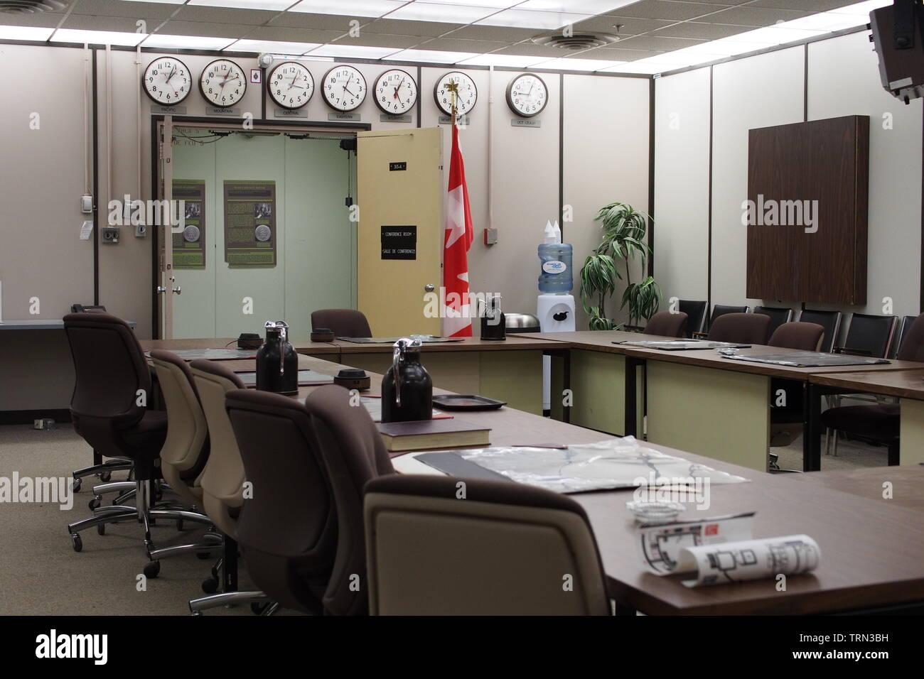 En la Sala del Gabinete de guerra Diefenbunker, Canadá es el Museo de la guerra fría, ubicada en las afueras de la carpa en Ottawa, Ontario, Canadá. Imagen De Stock